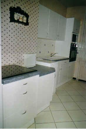 fabricant de cuisines sur mesures moderne design rustiques en picardie. Black Bedroom Furniture Sets. Home Design Ideas